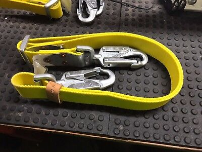 Miller 6nfls6ftyl 6ft 310lb Capacity Nylon Front Buckle Safety Strap Lanyard