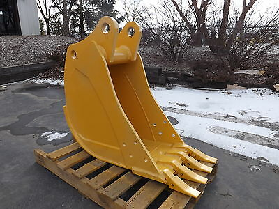 New 16 John Deere 410 J Backhoe Bucket With Coupler Pins