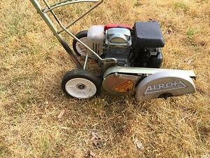 LAWN edger ALROH with Honda engine Lower King Albany Area Preview