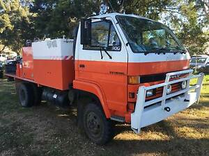 11/1993 Isuzu NPS300 4x4 single cab Traytop/fire truck.Ex Govt Inverell Inverell Area Preview
