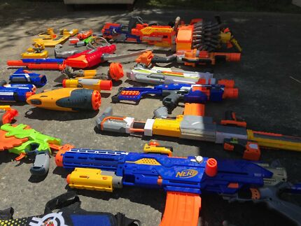 16 Nerf guns for sale as a bundle