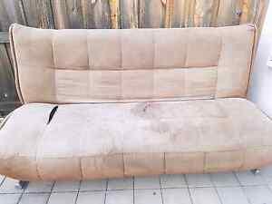 FREE couch Mandurah Mandurah Area Preview