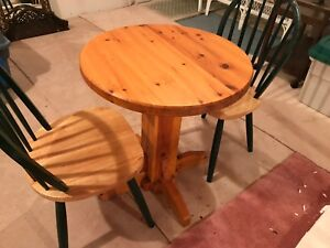 Bar Style table with 3Chairs