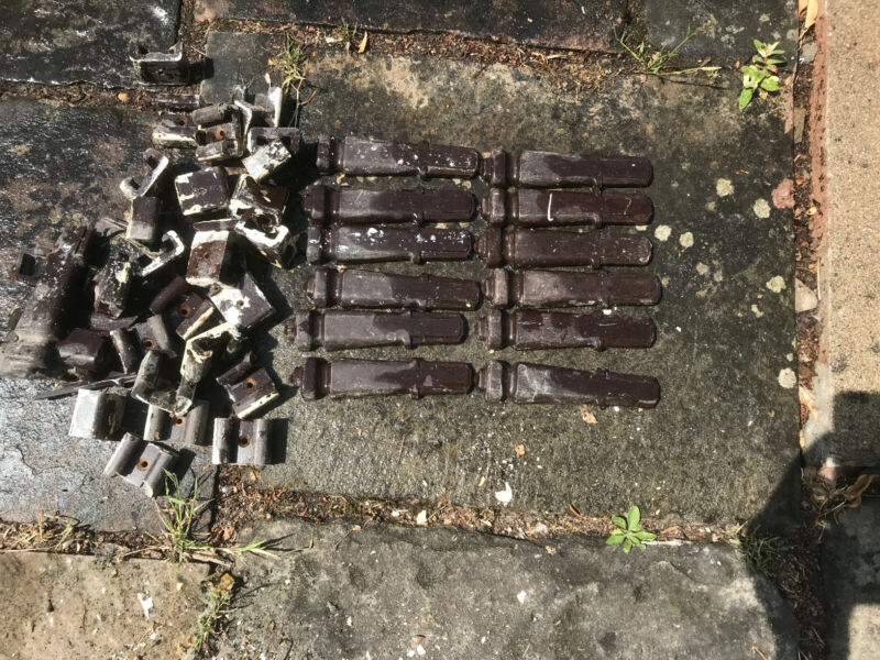 Antique Art Deco Byson Bakelite Stair Clips and Brackets (Set of 12,6 Pairs)