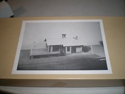 Crow River / Hobby Gallery HO scale New Haven Railroad Bolton Freight Station