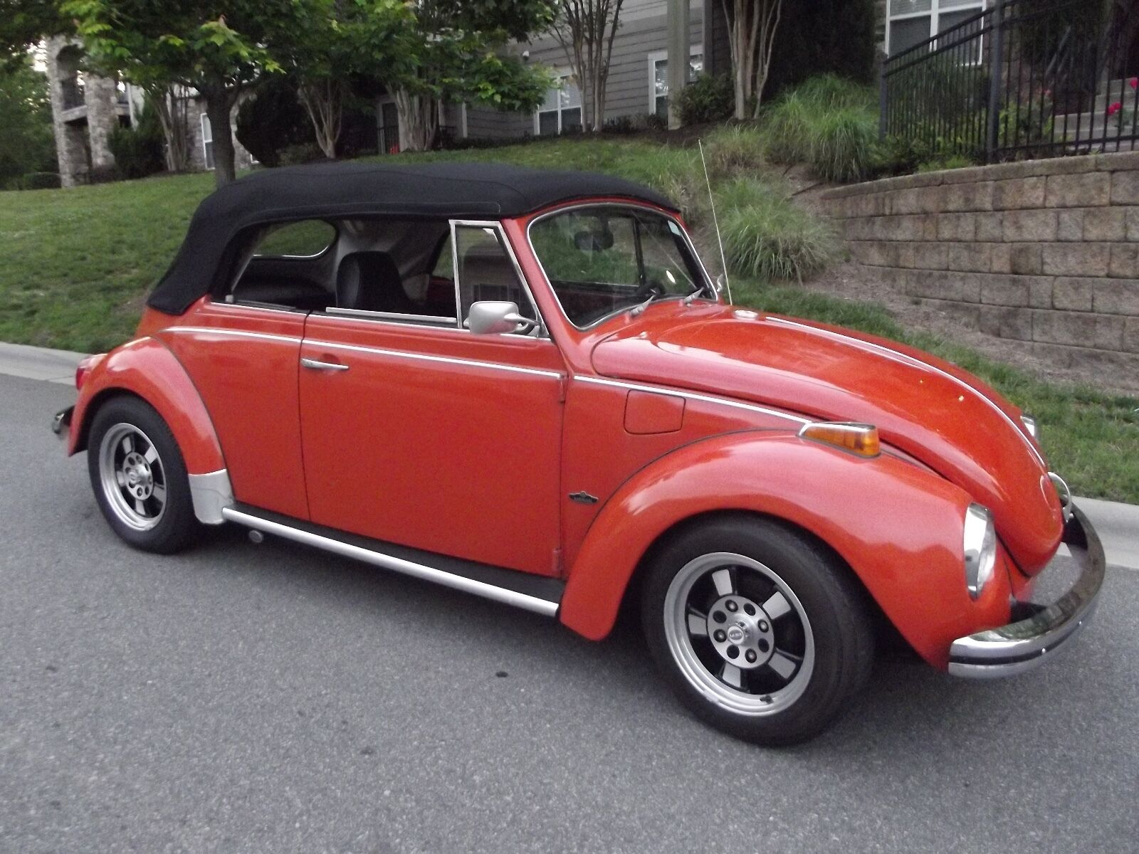 1971 Volkswagen Beetle - Classic Karmann 1971 Classic Convertible Beetle. Karmann Edition with only 60,110 original miles