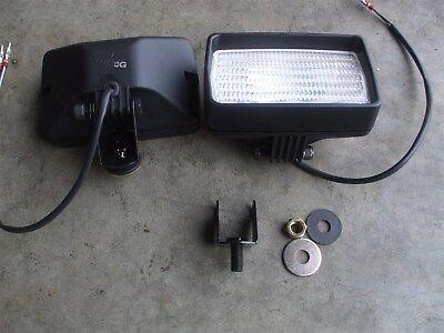 Re48985 New John Deere 12 Volt Flood Light Work Lamp Utility Set Of 2 Lights