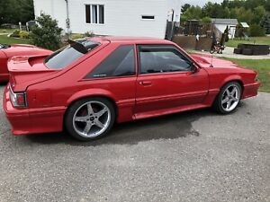Ford mustang gt 1992 ( collector car )