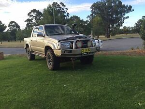2004 Toyota Hilux Coolamon Coolamon Area Preview