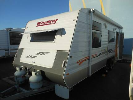 2011 Windsor Genesis LTD 638s Touring Caravan SN 1579