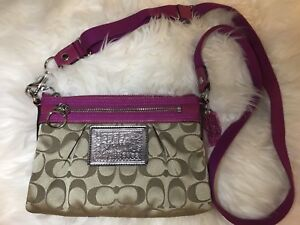 Authentic coach purse. Great condition.