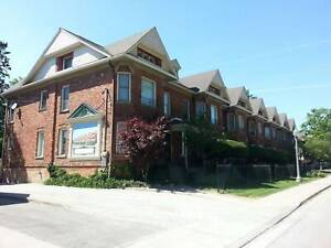 GORGEOUS STOREY UNIT IN CHATHAM - $2200+++