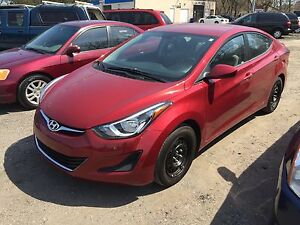 2015 Hyundai Elantra SUPER CLEAN WITH VERY LOW KM Sedan