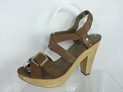 f8225eef6a7a5 Me Too Womens Brown Leather Sandals 10 M