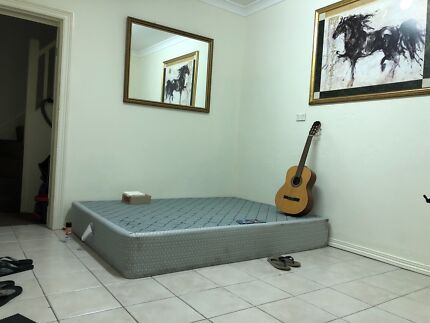 Living room and shared room for rent, Sydney