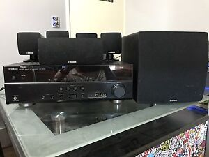 Yamaha Receiver and 5.1 Surround Speakers Coogee Cockburn Area Preview