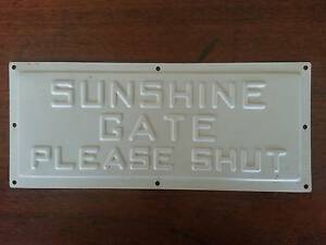 Replica Sunshine Gate Plate Rokewood Golden Plains Preview