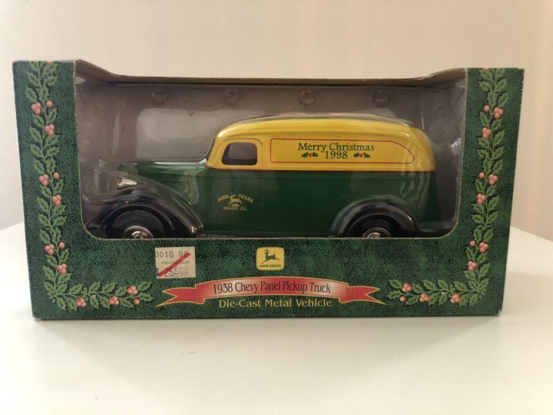 Ertl John Deere 1938 Chevy Panel Truck Bank Merry Christmas 1998 15044