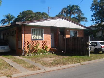 2 bedroom flat in south Mackay