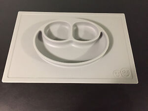 Like new EZ PZ gray placemat for little ones