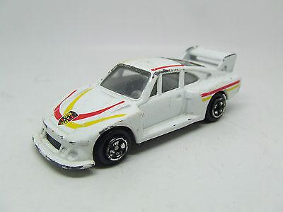 CORGI PORSCHE 935 RACING IN WHITE JUNIOR SIZE