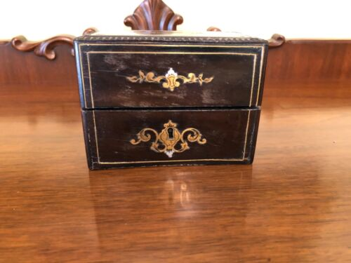 "ANTIQUE FRENCH VICTORIAN PERFUME/COLOGNE BOX LINED CASKET MARKED ""ODEURS"" SMELLS"