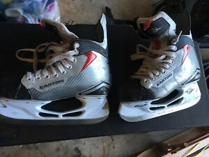 Easton skates size 4