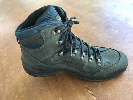 Womens hiking boots gumtree