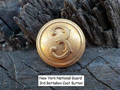 Old Vintage Antique New York War National Guard 3rd Battalion Coat Button