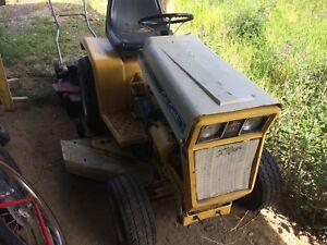 Cub  Cadet 147   tractor