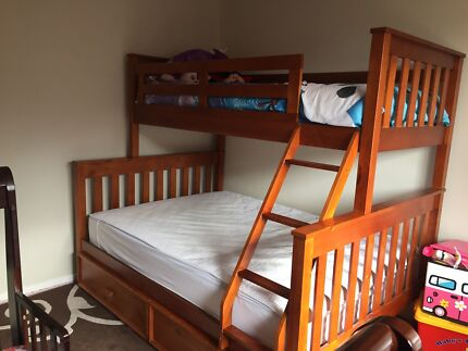 Fort Bunk Bed with Single Bed, Double Bed & Trundle