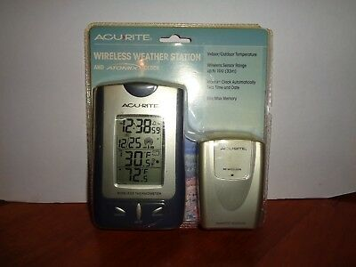 Acu-Rite Wireless In/Outdoor Temperature High Low Atomix Clock Weather Station