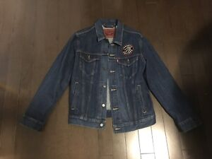 Levi's Denim Jacket Limited NBA collection (brand new)