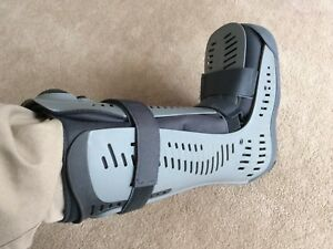 Air walker boot - large