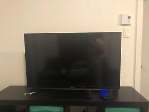 """toshiba tv 40"""" 1080p LED HDTV sale"""