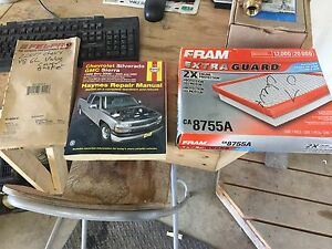 Chevrolet gmc haynes manual air filter and 1x valve cover gasket