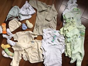 Baby clothing Unisex- All you need from 0 to 3 months old