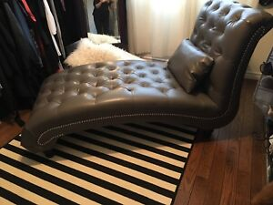 TUFTED STUDDED GREY CHAISE LOUNGE
