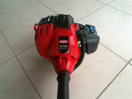 ROVER  PETROL  WHIPPER SNIPPER/ BRUSH CUTTER