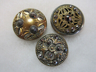 1 x single antiquated gold tone hook /& eye textured detailed design clasp button