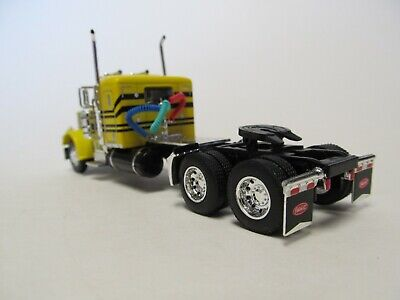DCP FIRST GEAR 1/64 SCALE 359 PETERBILT SMALL BUNK, YELLOW & BLACK 4