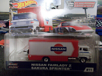 Hot Wheels Team Transport; Nissan Fairlady Z w/ Sakura Sprinter