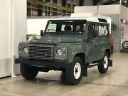 Land Rover Defender 90 SE TD4  Station Wagon ° Mike Sanders