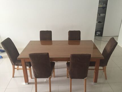 Dining table $200 Smithfield Cairns City Preview