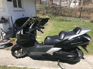 Honda Silverwing 600 Scooter For Sale