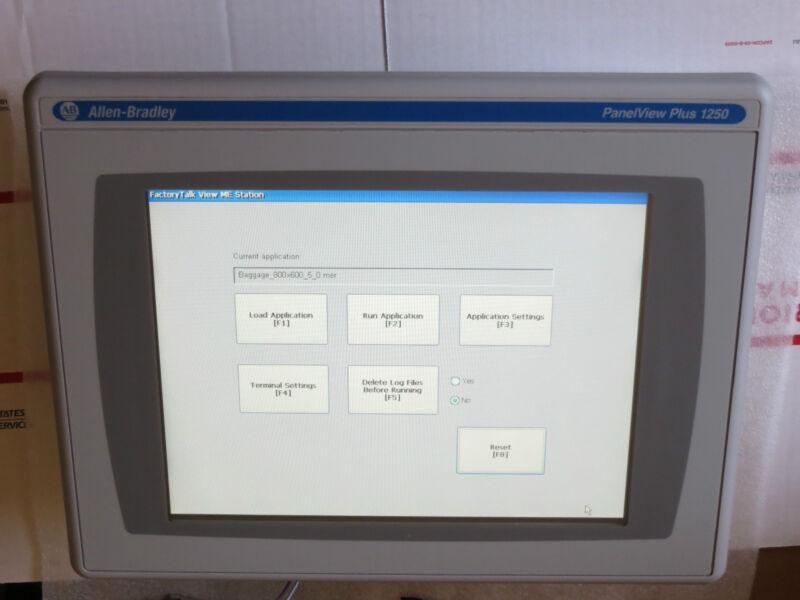 Allen Bradley Panelview Plus 2711p-t12c4d1 W/controlnet 2711-rn15s, Nice Used