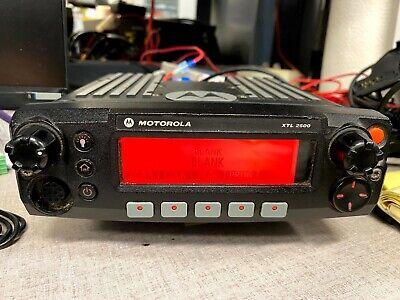 Motorola Xtl 2500 P25 Mobile Radio Model M21urm9pw1an 800 Mhz Used