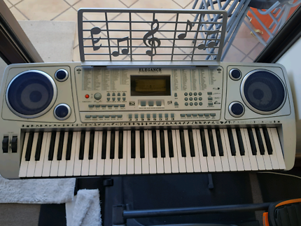 Electronic keyboard for beginners