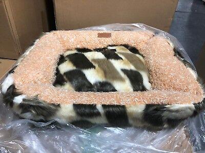 Lindsey Home Faux Fur Pet Dog Cat Warm Winter Bed Japanese Kanekalon MULTI MED
