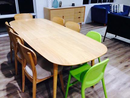 Matt Blatt dining table and 8 chairs